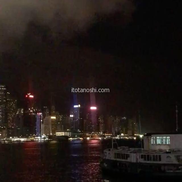 香港の夜景。少し曇っていて残念だけど、きれい。#香港 #hongkong #instalover #instalovers #instatravel #instatraveling